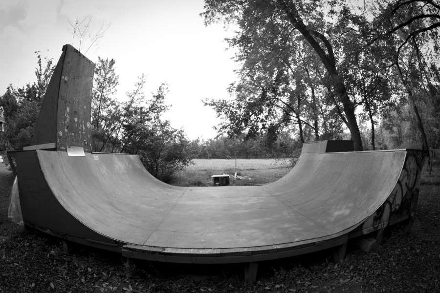 Ramps out Back Spooners Skate Jawn – Garage Mini Ramp Plans